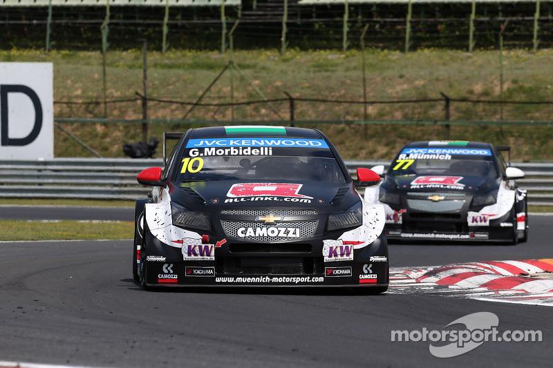 Gianni Morbidelli, Chevrolet RML Cruze TC1, ALL-INKL_COM Munnich Motorsport ve René Münnich, Chevrolet RML Cruze TC1, ALL-INKL_COM Munnich Motorsport