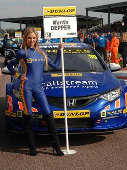 pirtek racing grid kızı
