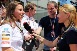 Simona de Silvestro, Sauber F1 Team Test Driver with the media