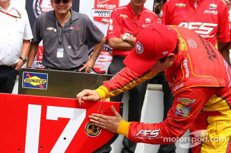 Ganador de la pole Sebastián Saavedra, KV Racing Technology Chevrolet