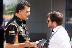 (Da sinistra a destra): Federico Gastaldi, Lotus F1 Team Vice Team Principal con Steve Robertson, Manager Piloti