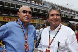 (Soldan Sağa): Peter Brabeck-Letmathe, Formula Bir Başkanı ve Pasquale Lattuneddu, FOM gridde