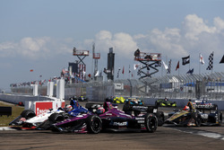 Graham Rahal, Rahal Letterman Lanigan Racing Honda passes Jack Harvey, Michael Shank Racing with SPM Honda