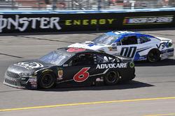 Trevor Bayne, Roush Fenway Racing, Ford Fusion Advocare and Jeffrey Earnhardt, StarCom Racing, Chevrolet Camaro VRX SIMULATORS