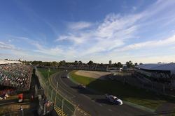 Andre Heimgartner, Nissan Motorsport Nissan, leads James Courtney, Walkinshaw Andretti United Holden