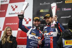 Podium: second place #99 Beechdean AMR Aston Martin V12 Vantage GT3: Andrew Howard, Darren Turner