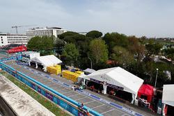 Lucas di Grassi, Audi Sport ABT Schaeffler, leaves the garage