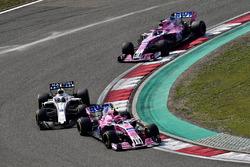 Esteban Ocon, Force India VJM11, Lance Stroll, Williams FW41 and Sergio Perez, Force India VJM11