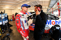 Kevin Harvick, Stewart-Haas Racing, Ford Fusion Mobil 1 and crew chief Rodney Childers