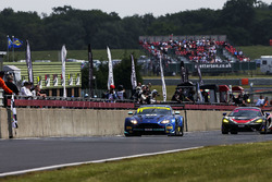 #11 TF Sport Aston Martin V12 Vantage GT3: Mark Farmer, Nicki Thiim