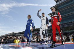 Carlos Munoz, Andretti Autosport Honda, Max Chilton, Carlin Chevrolet, James Davison, A.J. Foyt Enterprises with Byrd / Hollinger / Belardi Chevrolet