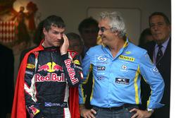 Podium : le troisième, David Coulthard, Red Bull Racing, Flavio Briatore, directeur de Renault F1