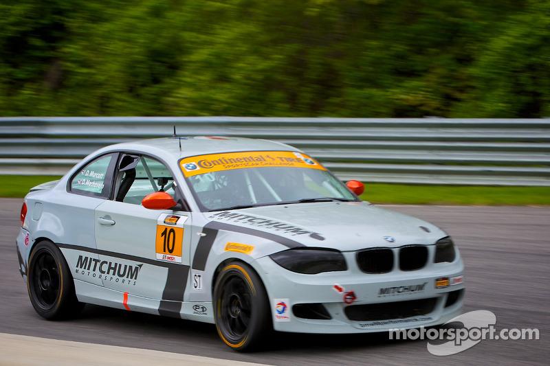 #10 Mitchum Motorsports 宝马 128i: 迪伦·穆尔科特, 狄龙·马沙弗恩