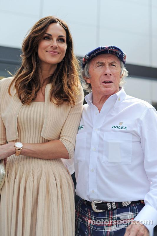 (Esquerda para direita): Tasha de Vasconcelos, modelo e atriz, com Jackie Stewart