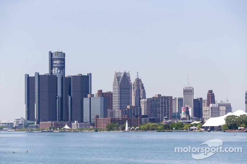 Detroit atmosphere