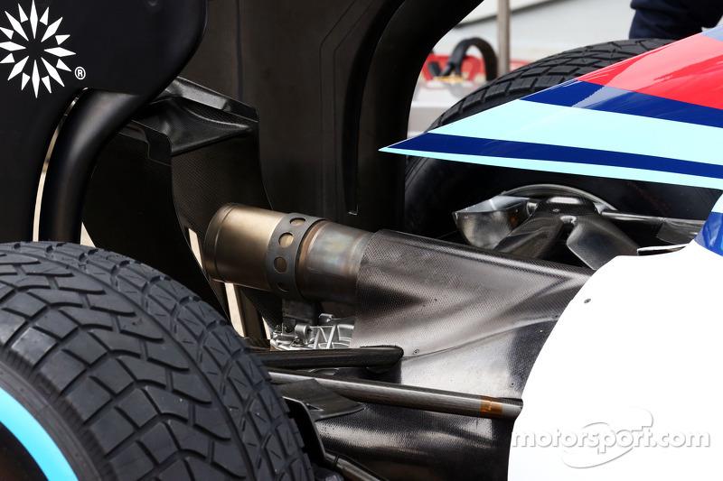 Williams FW36 dettaglio scarico