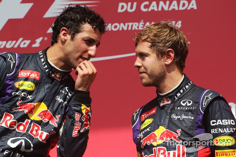 Il podio, Daniel Ricciardo, Red Bull Racing con il terzo classificato compagno di squadra Sebastian Vettel, Red Bull Racing