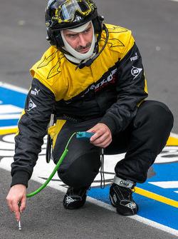 Dunlop engenheiro de pneus