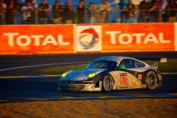 #67 IMSA Performance Matmut Porsche 911 GT3 RSR (997): Erik Maris, Jean-Marc Merlin, Eric Helary