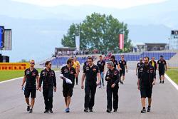 Trackwalk: Jean-Eric Vergne, Scuderia Toro Rosso
