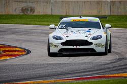 #04 TRG AMR 阿斯顿马丁 Vantage GT4: 豪尔赫·德拉托雷