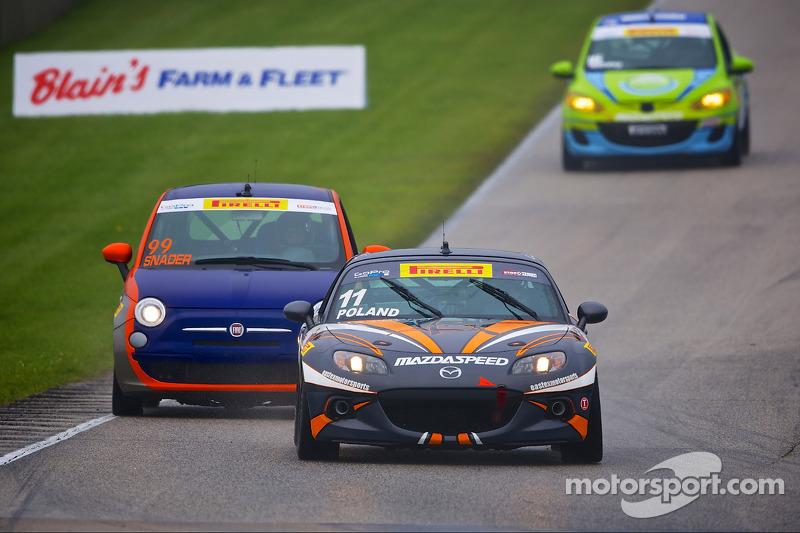 #11 Eastex Motorsports 马自达 MX-5: 亚当·波兰