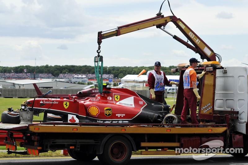 L'auto incidentata di Kimi Raikkonen, la Scuderia Ferrari