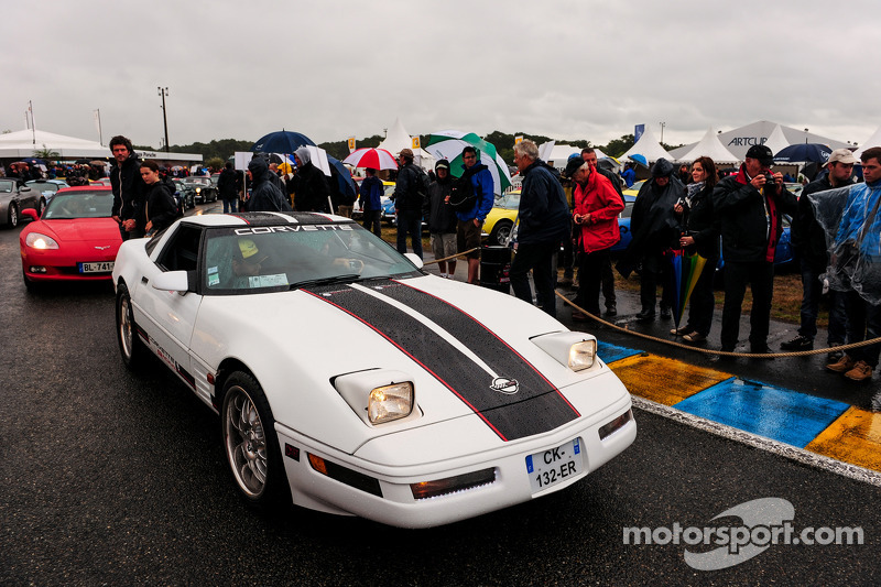 Corvette geçiş töreni
