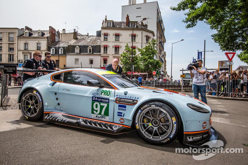 #97 Aston Martin Racing Aston Martin Vantage V8