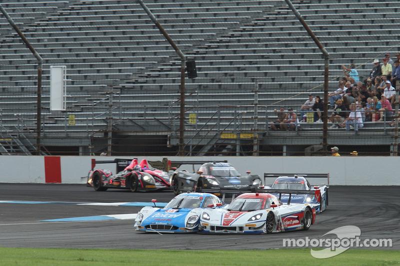 #01 Chip Ganassi Ford/Riley: Scott Pruett, Memo Rojas e #5 Action Express Racing Corvette DP: Joao Barbosa, Christian Fittipaldi