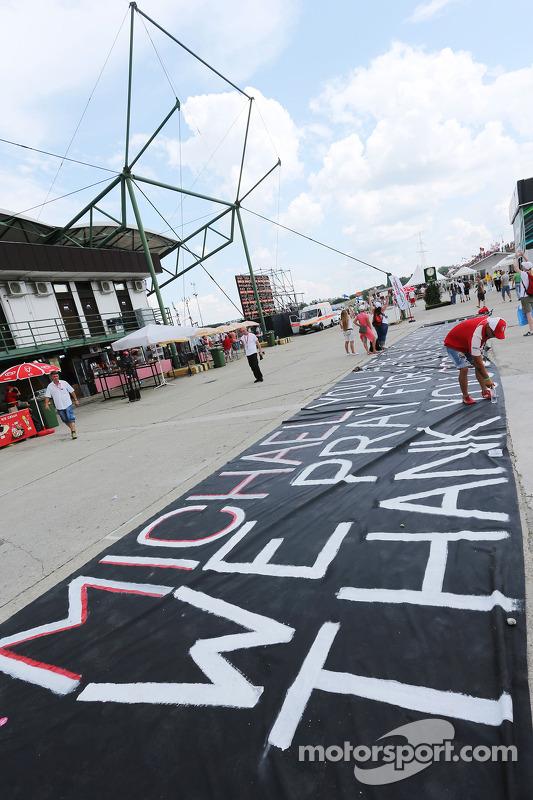 Mensagem de apoio a Michael Schumacher