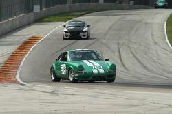 #161 1972 Porsche 911 E: Steve Grundahl