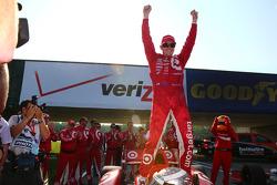 Scott Dixon celebrates