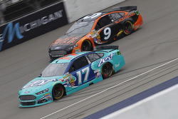Ricky Stenhouse Jr., Roush Fenway Racing Ford and Marcos Ambrose, Richard Petty Motorsports Ford