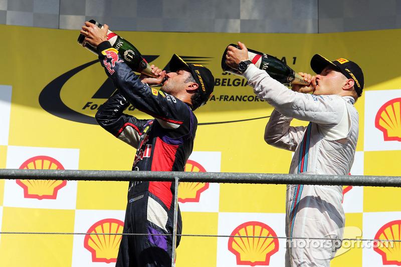 (L to R): Race winner Daniel Ricciardo, Red Bull Racing celebrates with third placed Valtteri Bottas, Williams