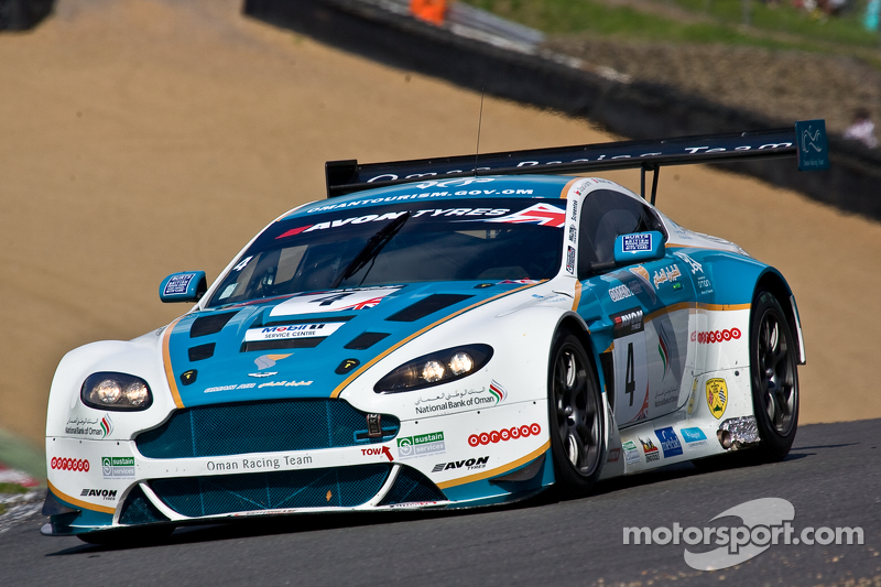 #4 Oman Racing Team 阿斯顿马丁 Vantage GT3: Ahmad Al Harthy, Michael Caine