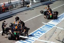 Sergio Perez, Sahara Force India F1 VJM07; Nico Hülkenberg, Sahara Force India F1 VJM07