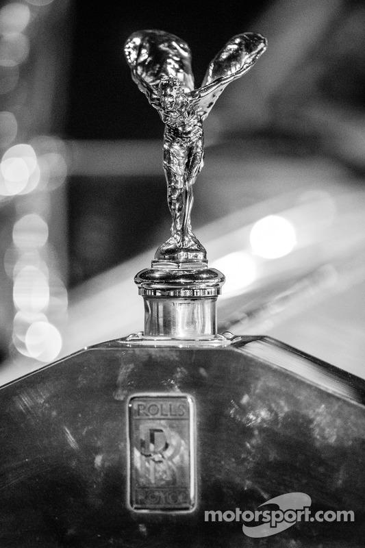 Spirit of Ecstasy sulla Rolls-Royce Silver Ghost