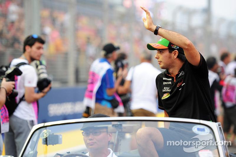 Sergio Perez, Sahara Force India F1, alla sfilata dei piloti