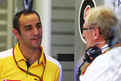 Cyril Abiteboul, Renault Sport F1, Geschäftsführer; Helmut Marko, Red Bull, Motorsportberater