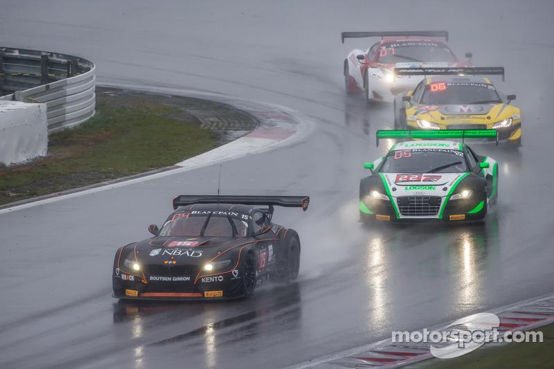 #15 Boutsen Ginion BMW Z4: Karim Ojjeh, Olivier Grotz, #22 Team Parker Racing Audi R8 LMS Ultra: Ian Loggie, Julian Westwood
