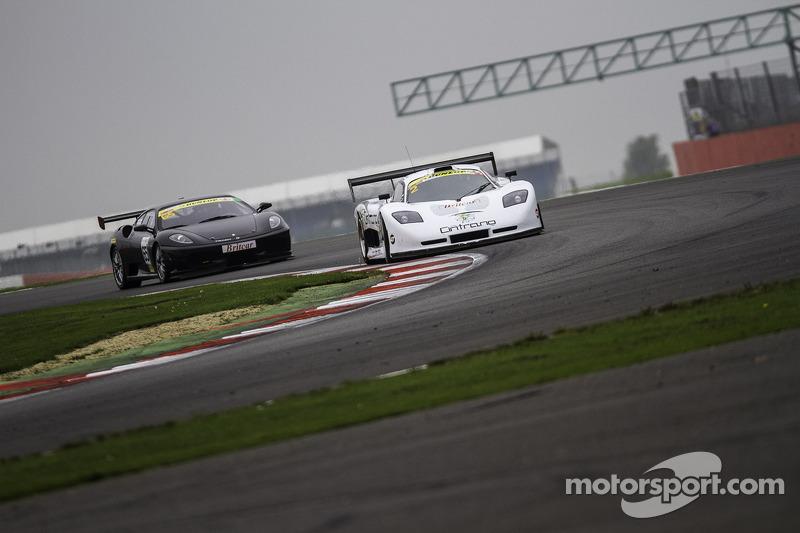 #2 Neil Garner Motorsport Mosler MT900 GT3: Javier Morcillo, Manuel Cintrano, #65 Track Focused Ferrari 430 Challenge: Peter Gbedemah