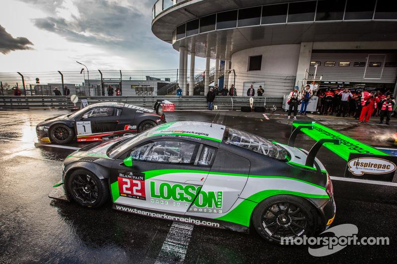 #22 Team Parker Racing Audi R8 LMS Ultra: Ian Loggie, Julian Westwood