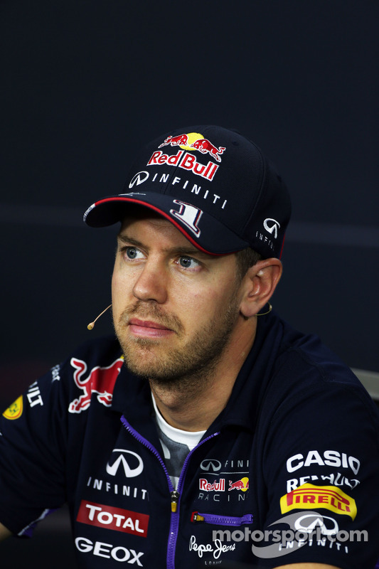 Sebastian Vettel, Red Bull Racing en la conferencia de prensa de la FIA