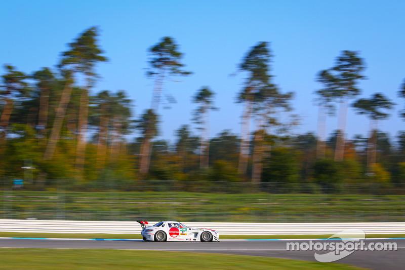 #27 H.T.P. Motorsport 梅赛德斯-奔驰 SLS AMG GT3: 马克西米利安·格策, 卢卡·施托尔茨