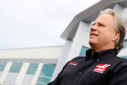 С Джином Хаасом на базе Haas F1, Особое мероприятие.