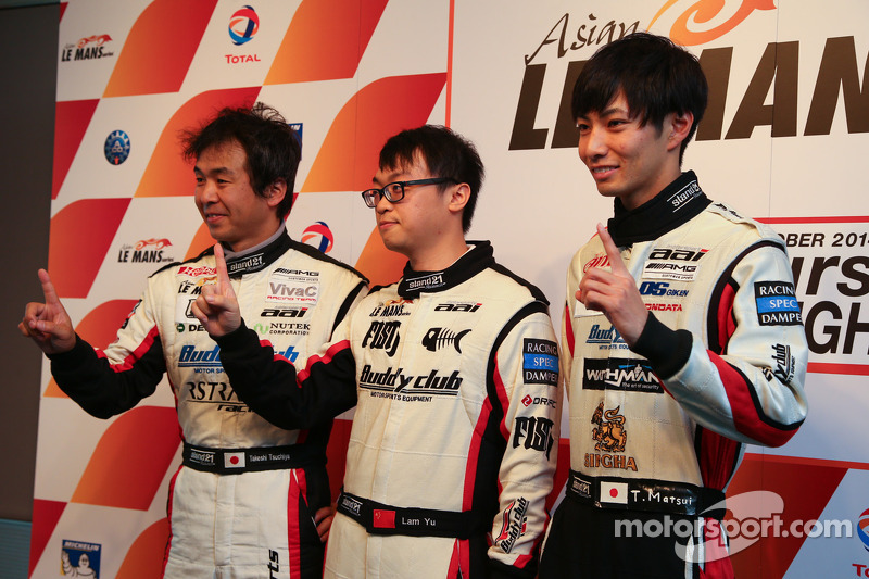 GT Pole sahipleri Yu Lam, Takeshi Tsuchiya, Takamitsu Matsui