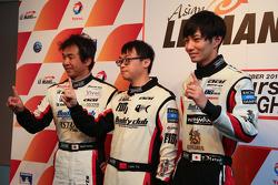 GT polesitters Yu Lam, Takeshi Tsuchiya, Takamitsu Matsui