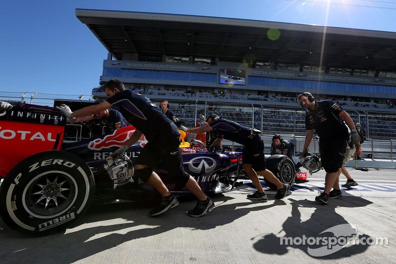 Sebastian Vettel, Red Bull Racing  11