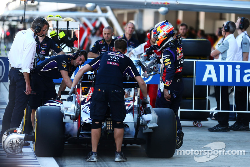 Daniel Ricciardo, Red Bull Racing RB10 in parc ferme